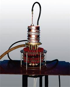 Лабораторная вакуумная индукционная печь