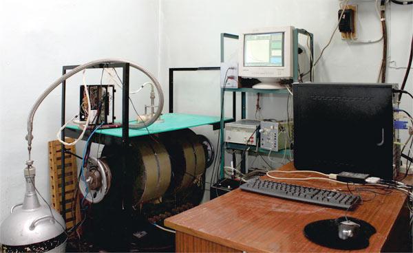 Установка для исследования транспортных свойств кристаллов  и измерения магнитокалорического эффекта